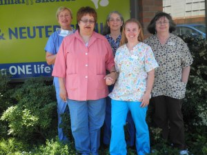 Dr. Zoulas and her staff at the SAS Spay/Neuter Clinic